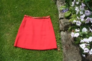 red skirt - jupe rouge 1