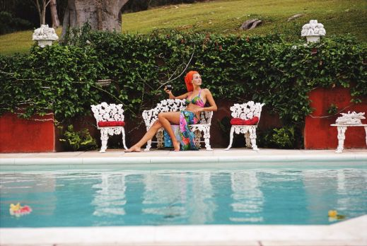 poolside-in-bermuda-1969